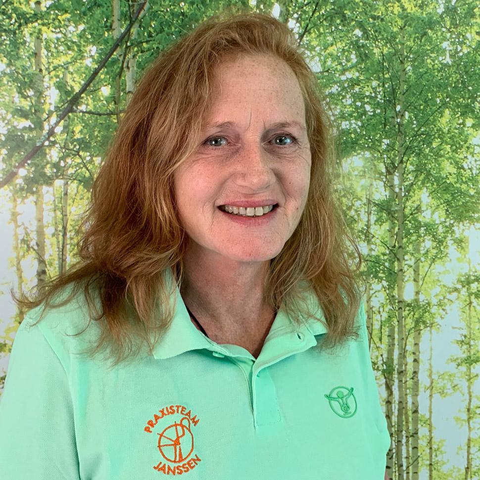 Gudrun Makris, Physiotherapeutin